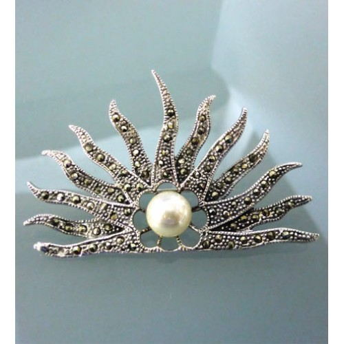Marcaseite and pearl Brooch